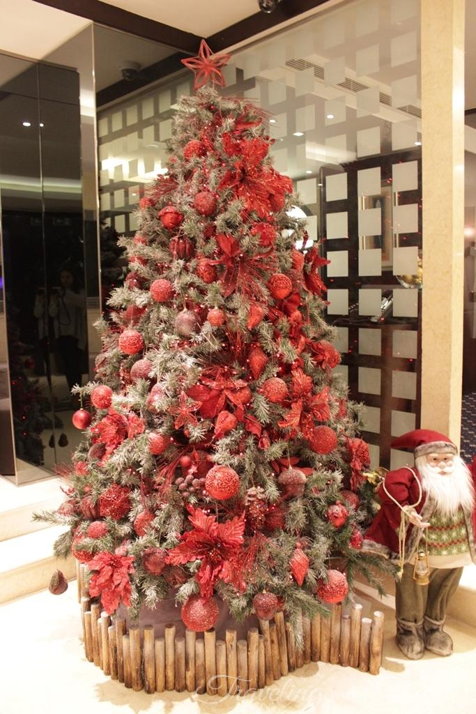Raouche Arjaan Rotana Hotel Christmas Decoration