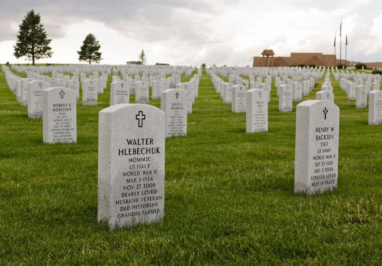 vets-cemetery-2567
