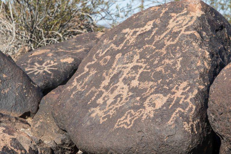 Painted Rock Petroglyph-2812