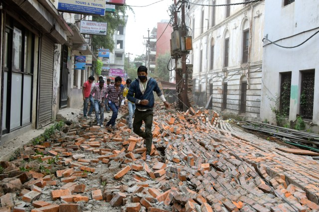 living through the nepal earthquake
