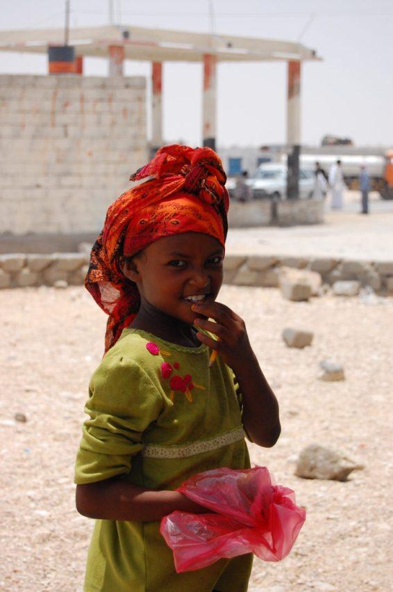 Jazda z Omanu do Jemenu, dziewczynka