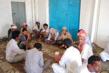 Jazda z Omanu do Jemenu, przydrożna męsko-damska knajpa (1)