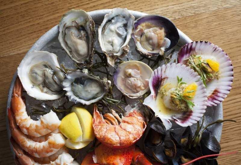 Iced Shellfish Platter at Water Grill
