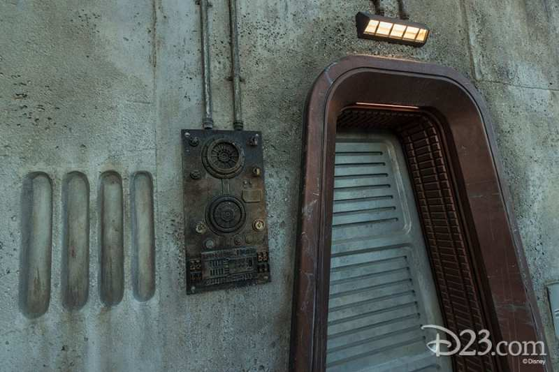 Star Wars Galaxy's Edge Photos