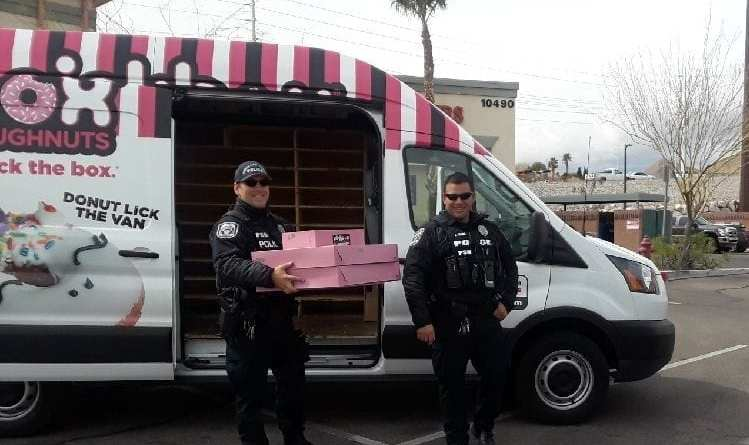 Pinkbox Doughnuts Delivers to Police Officers