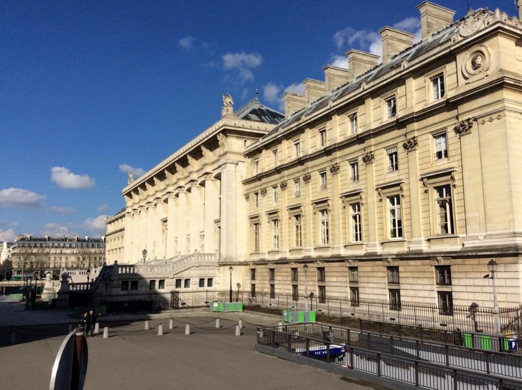 Palais de Justice, Paris; from a travel blog by www.traveljunkiegirl.com