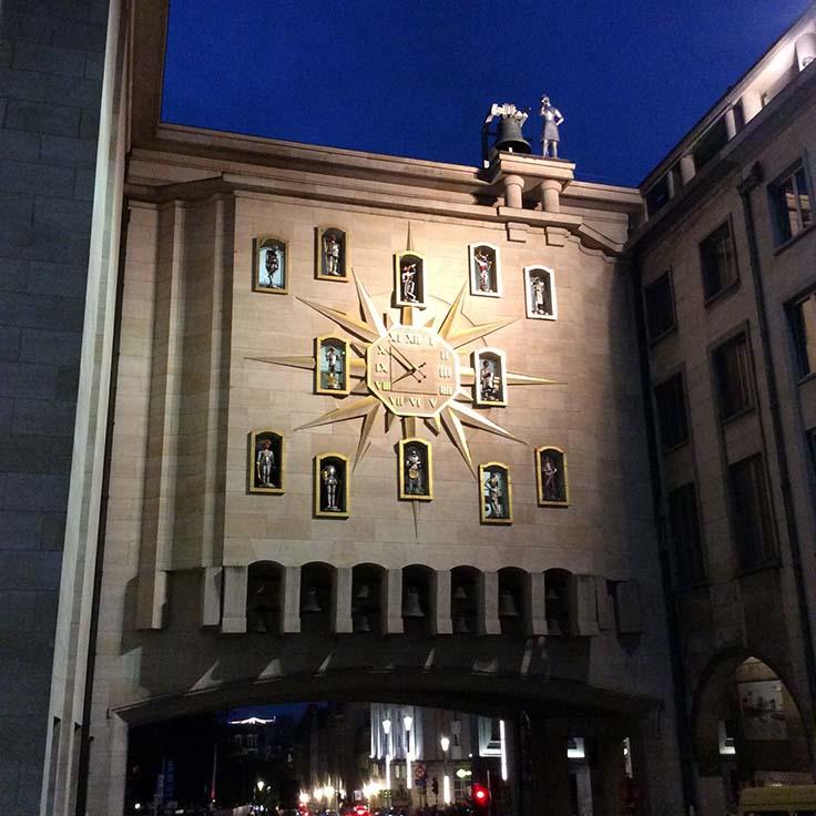 Mont des Arts Clock, Brussels, Belgium; from a travel blog by www.traveljunkiegirl.com