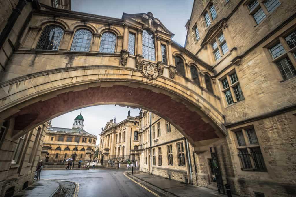 مكتبة بلاكويل في اكسفورد