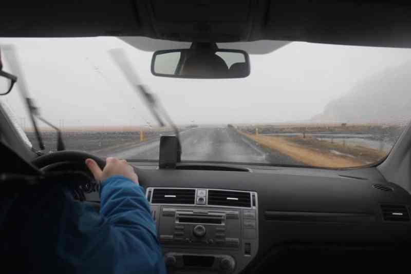 السفر بالسيارة في آيسلندا ونصائح مهمة