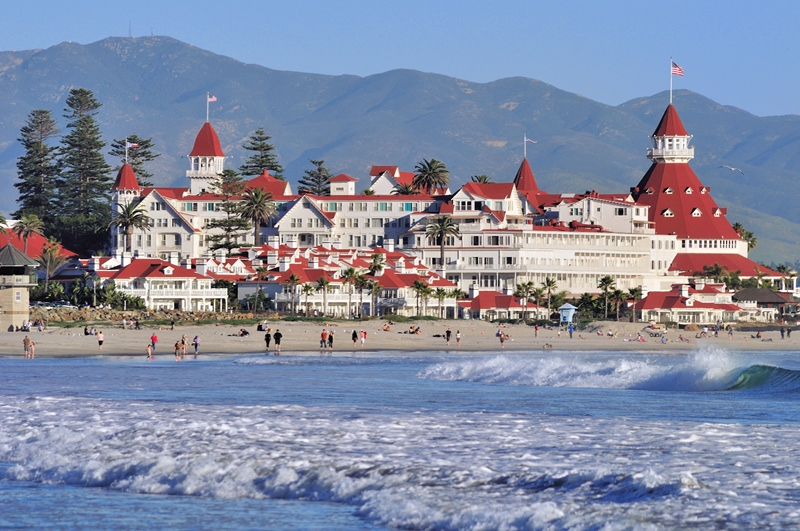 Photo of the Coronado Beach and the Hotel Del Coronado