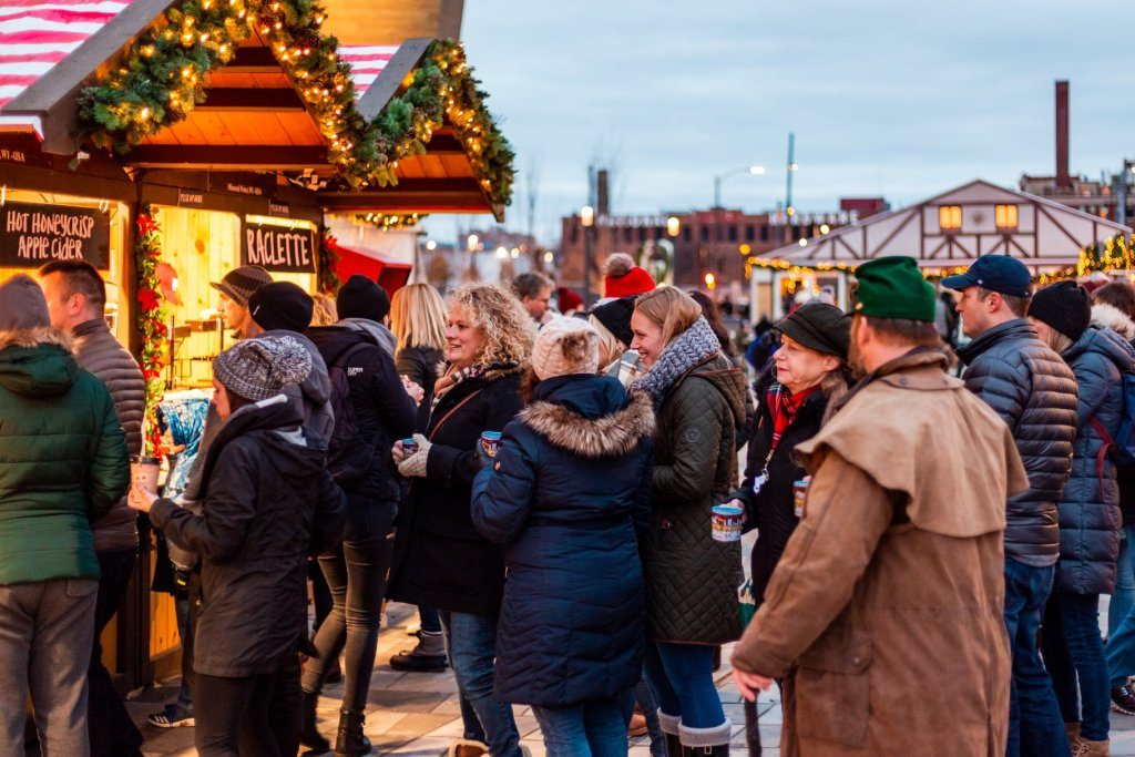 An American Christkindl Market: Milwaukee Christkindl via @TravelLatte.net