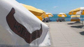Photo: Cadillac Hotel beach umbrellas