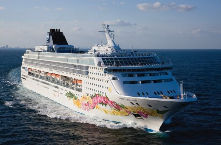 Norwegian Cruise Lines This Week in Travel News via @TravelLatte.net