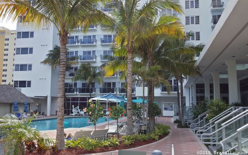 Photo: Main pool at the Courtyard Cadillac Hotel