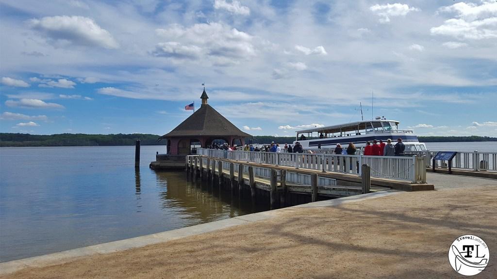 Mount Vernon Dock - Touring Mount Vernon via @TravelLatte.net