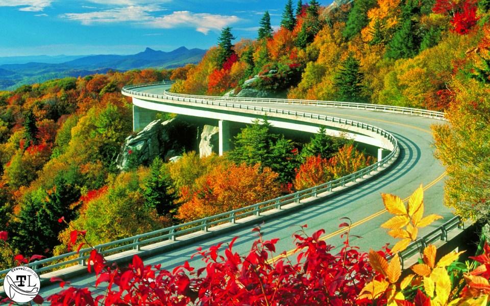 Autumn Color Across America - Blue Ridge Parkway via @TravelLatte.net