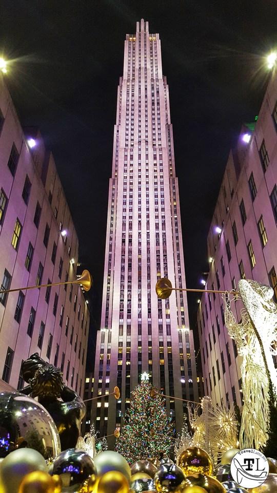 Rockefeller Center - Christmas in New York via TravelLatte.net