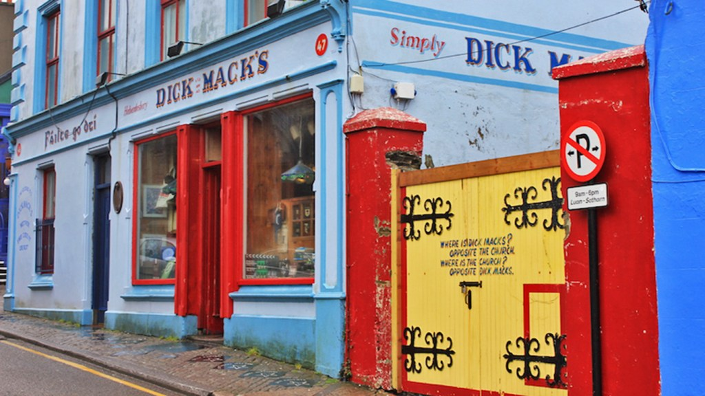 Dick Mack's Pub - Heart of the Dingle Peninsula, via Travellatte