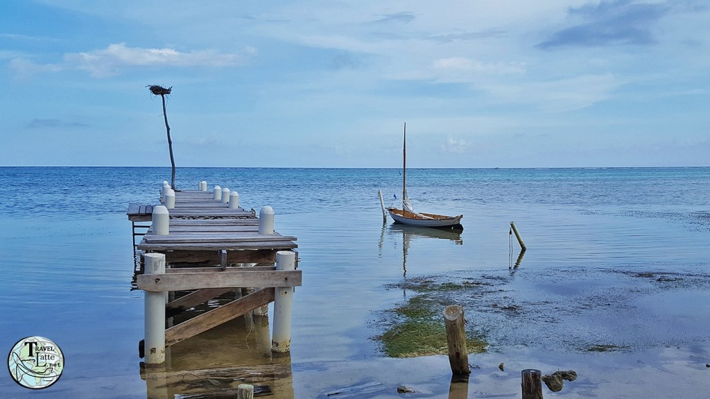 Stranded Boat - Ambergris Caye Belize - Armchair Traveler - World of Virtual Travel - TravelLatte