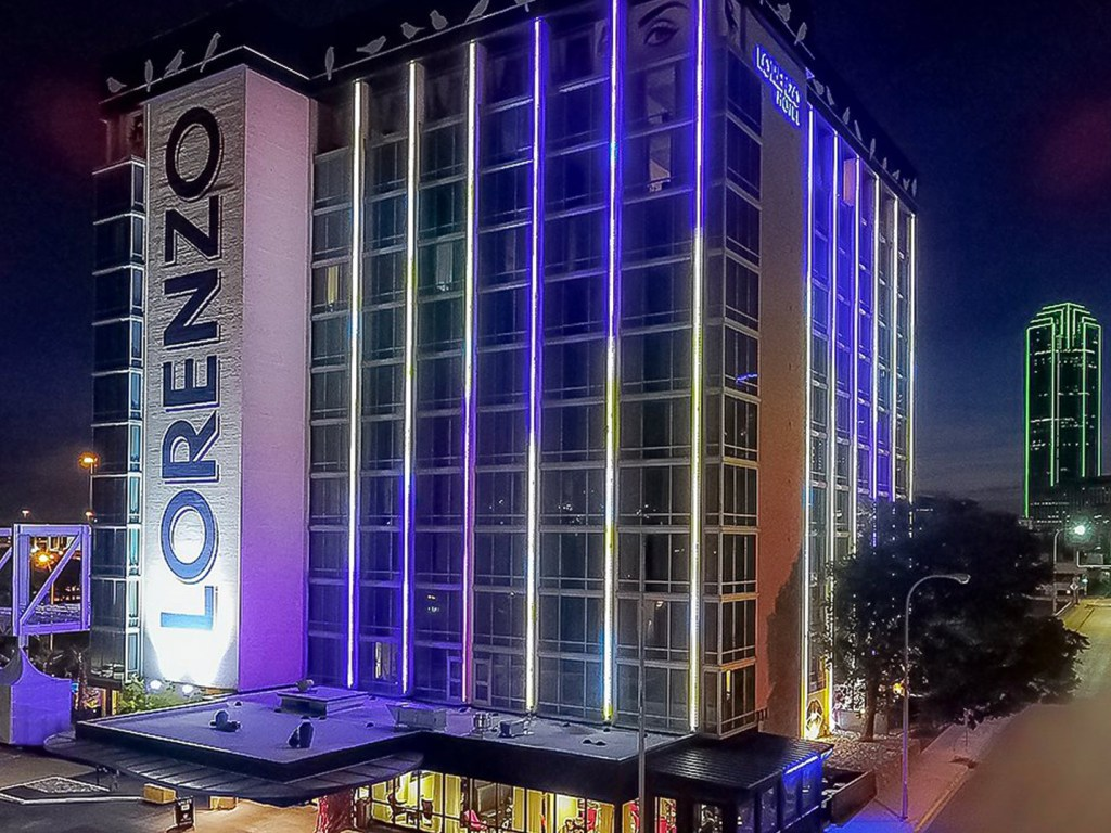Staying at the Lorenzo Hotel - Exterior at Night - TravelLatte