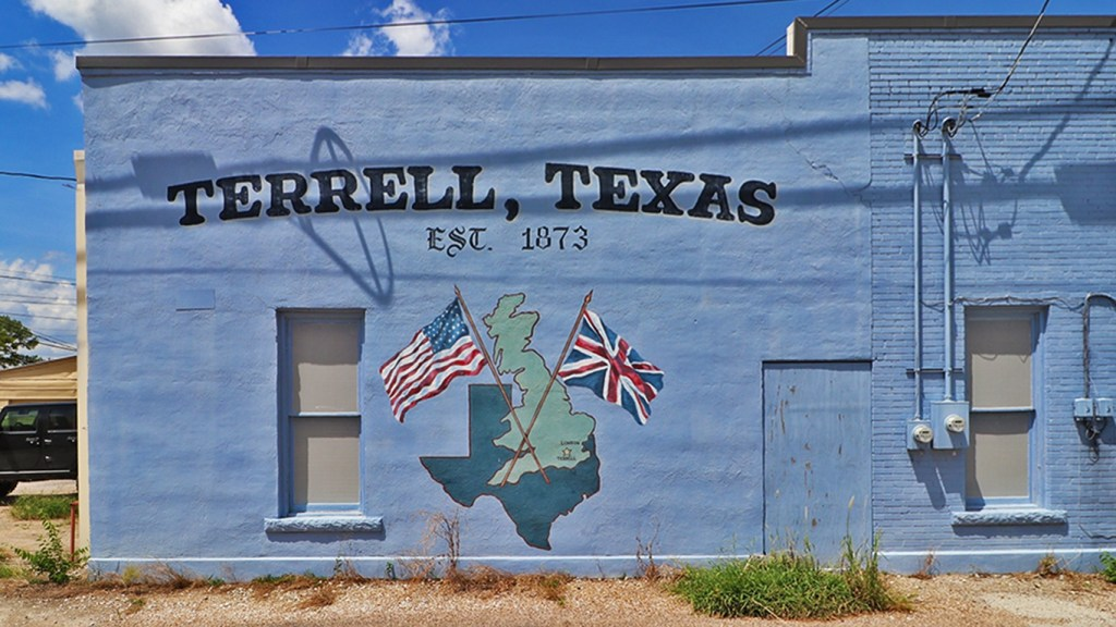Murals of Terrell, Texas, on TravelLatte.net