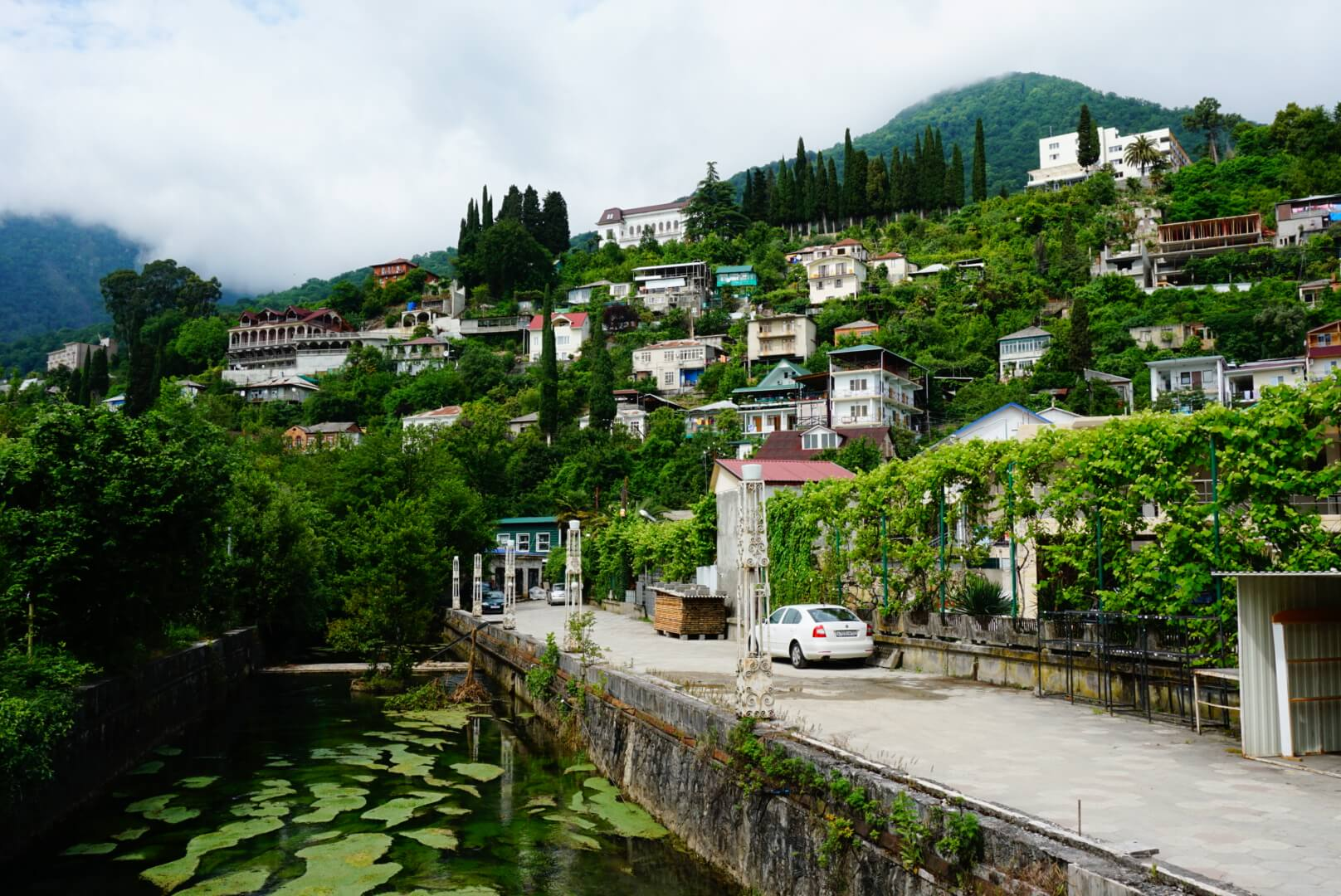 Guide to Abkhazia: Buildings in Gagra