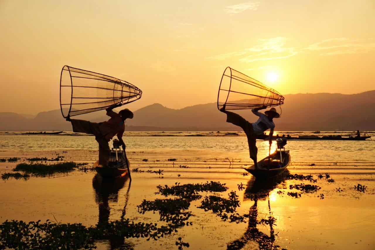 Myanmar photos Lake Inle fishermen