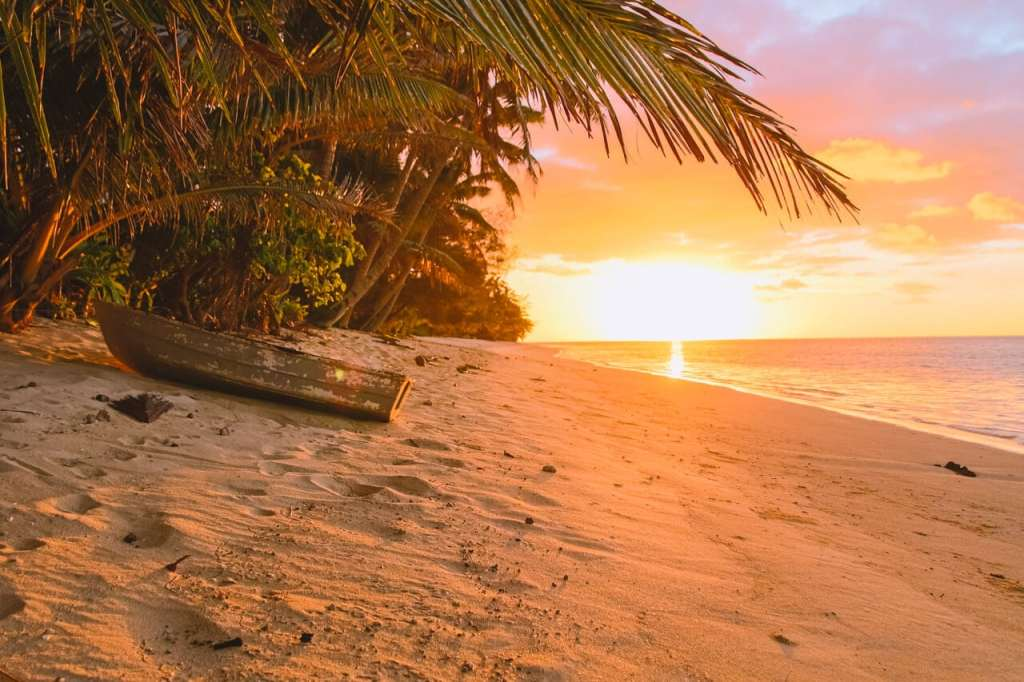 Places to Visit in Australia and the Pacific : The Cook Islands