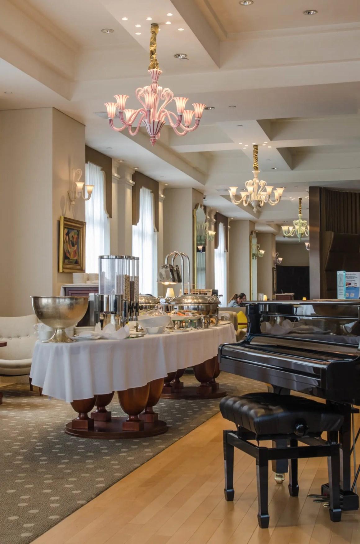Voor ons omvatten de hoteltips in Hong Kong ook het Lanson Place Hotel