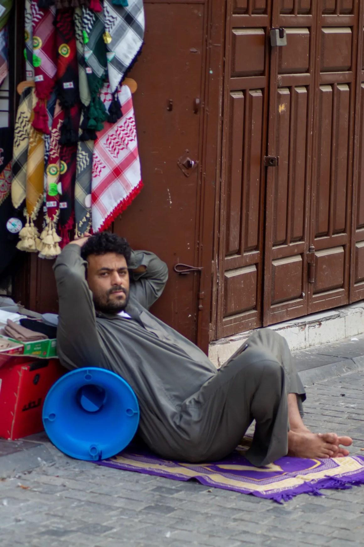 Marktkooplieden op de Souq in Jeddah