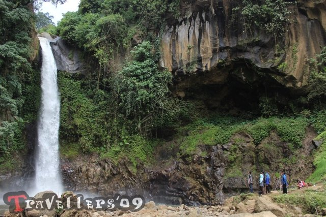 travellers in coban jahe