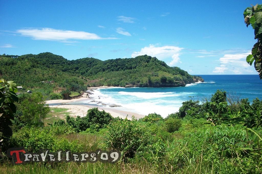 Pantai Molang, Eksotisme di Perbatasan Blitar Tulungagung 1