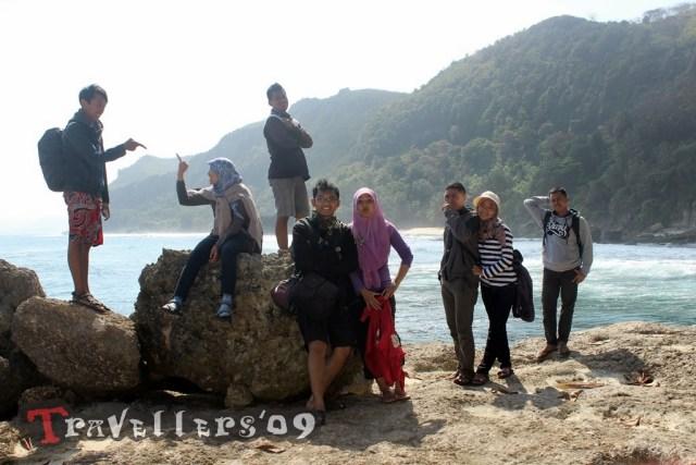 travellers in kedung tumpang