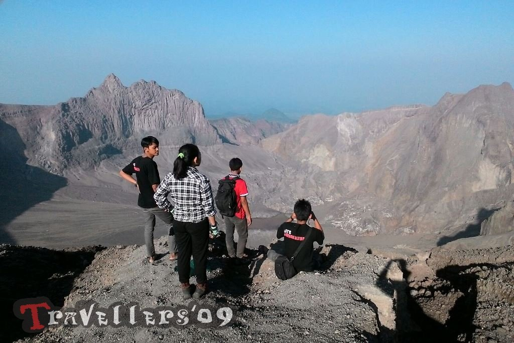 Menengok Kawah Gunung Kelud, Pendakian Via Tulungrejo Blitar 1
