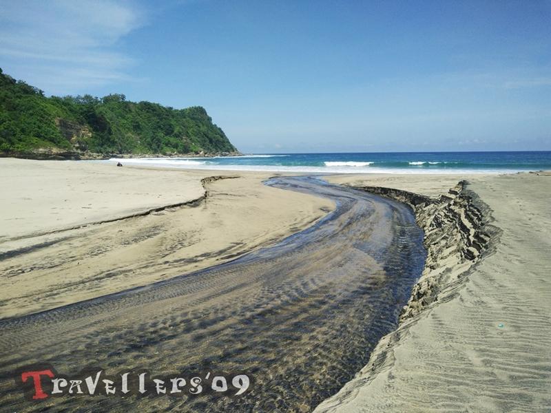 Pantai Gayasan Blitar, Pesonanya Tanpa Kiasan