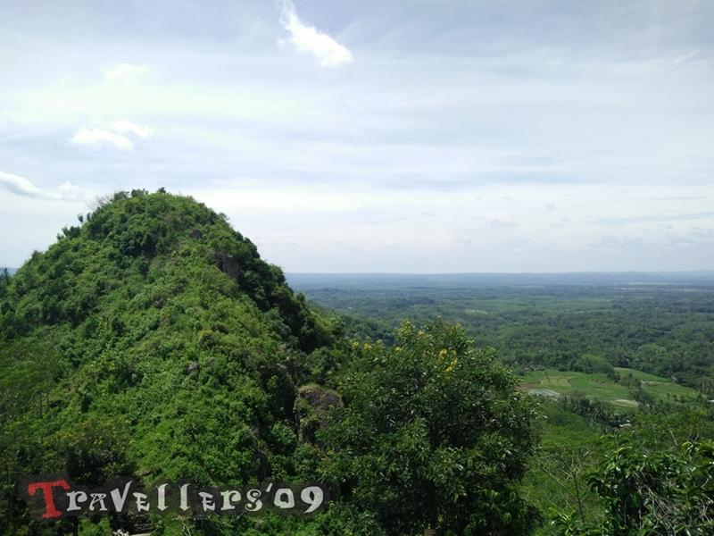 Puncak Rikmo, Puncak Gunung Buthak yang Ditendang Anoman 1
