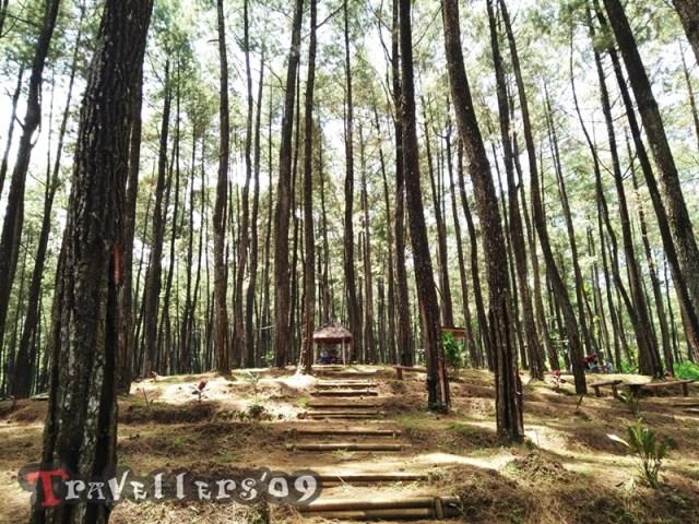 Taman Cinta Gogoniti Park Blitar 4