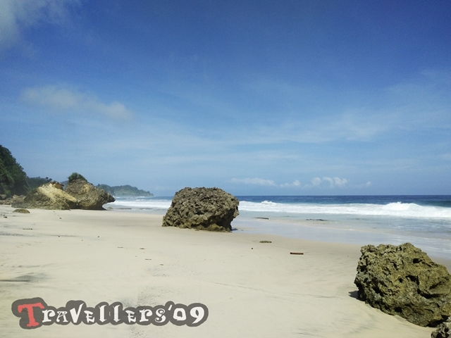 Pantai Kelinci A.K.A Pantai Blabak Tulungagung, Indah dan Menantang 4