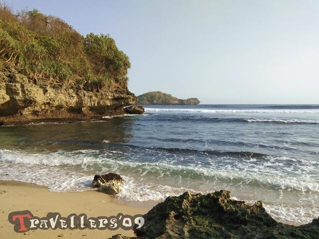 Pantai Peh Pulo, Raja Ampatnya Blitar 24