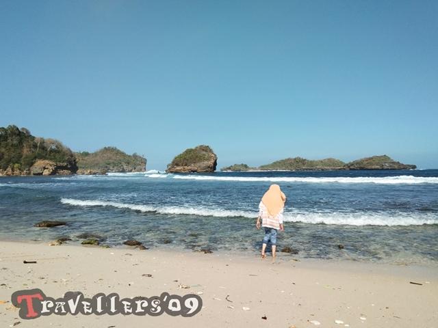 Pantai Peh Pulo, Raja Ampatnya Blitar 19