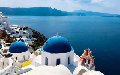 Are you traveling to Greece? Stay informed about the new protocols and important forms for passengers arriving in Greece.
