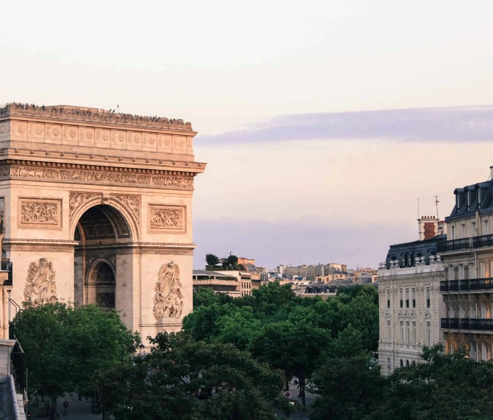 best time to visit paris, best time to travel to Paris, best time of year to visit paris, attractions in Paris, Arc de Triomphe, where to stay in Paris, best time to visit paris france, things to do in Paris, paris 3 days itinerary