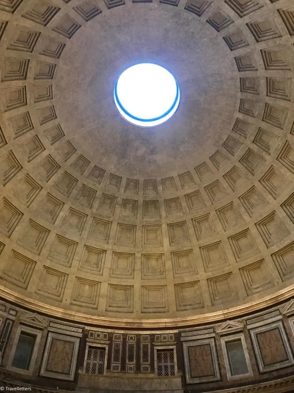 Oculus at Pantheon in Rome, things to do in Rome, St. Peter's Square, St. Peter's Dome in Rome, visit Rome in winter, Rome in winter, winter in Rome, Vatican city, 2-3 days Rome itinerary