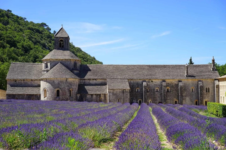 Munkekloster - Abbaye De Senanque i Provence, steder å besøke i Provence, ting å gjøre i Provence