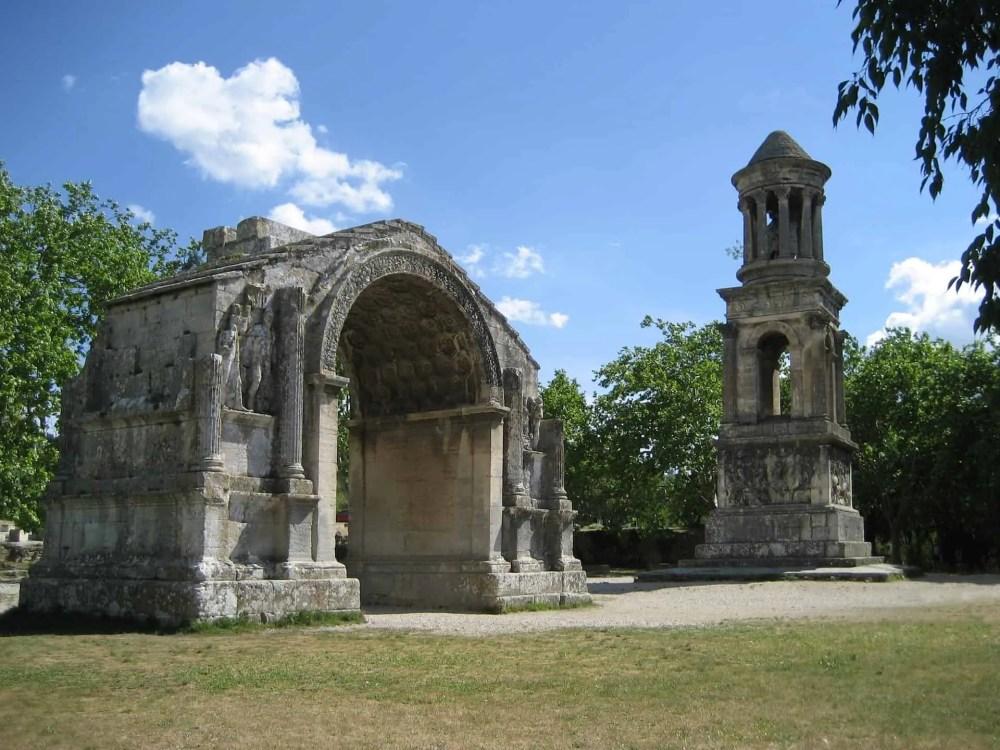Les Antiques Mausoleum, Lavendel marked i Provence, Lavendel i Provence, Aix-en-Provence, romantisk tur til Provence, ting å gjøre i Provence, langhelg i Provence, weekendtur til Provence, ferie i Provence, ting å gjøre i Provence, lavendel i Provence