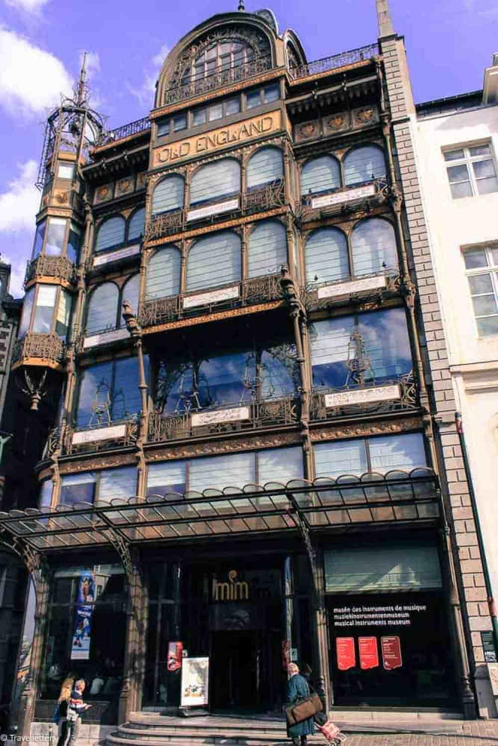 Arkitekturen til MIM-musical instrument museum i Brussel, Storbyferie i Europa, weekendtur til Brussel, høst destinasjon, beste storby for weekendtur i oktober, ting å gjøre i Brussel, jentetur til Brussel, kjærestetur til Brussel