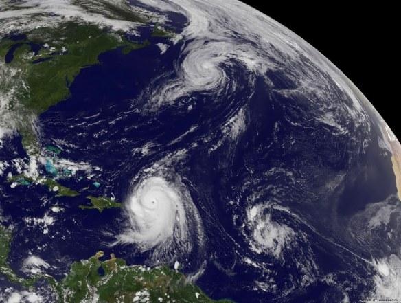 три бури с космоса