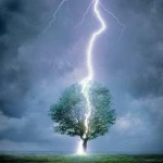Осторожно, молния! Как уберечься от удара молнии