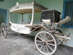 Antique Horse Carriage 3 in Museum Kasultanan Surakarta