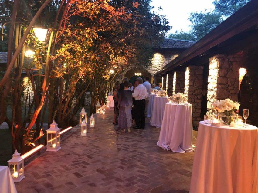 Jachthotel-tuin trouwen in de tuin